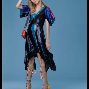 DVF flutter dress size 4 NWT